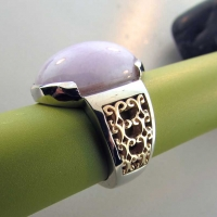 Yellow Gold and Lavender Jade Custom Ring East Towne Jewelers